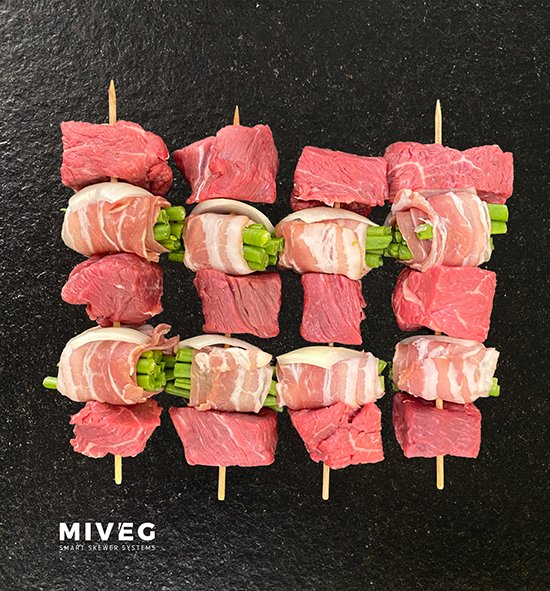 Miveg · Smarkt Skewer Systems · Filetspiess an Speckbohnen, gespießt · Fillet skewer with bacon beans, skewered
